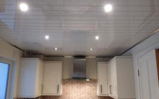 Как помыть пластиковый потолок: порядок и средства