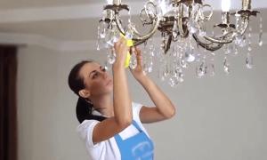 Как помыть хрустальную люстру быстро: профессионально или в домашних условиях