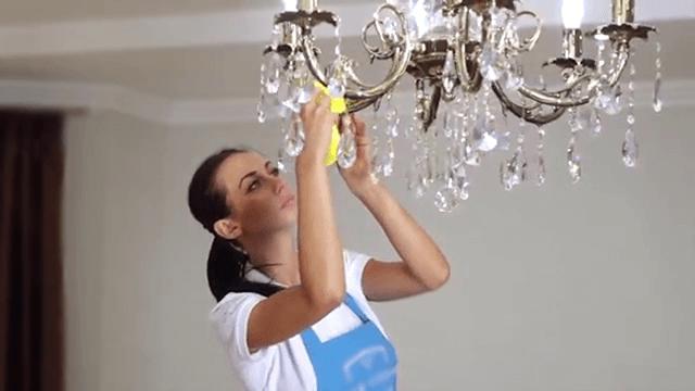 Мытье хрустальной люстры с подвесками