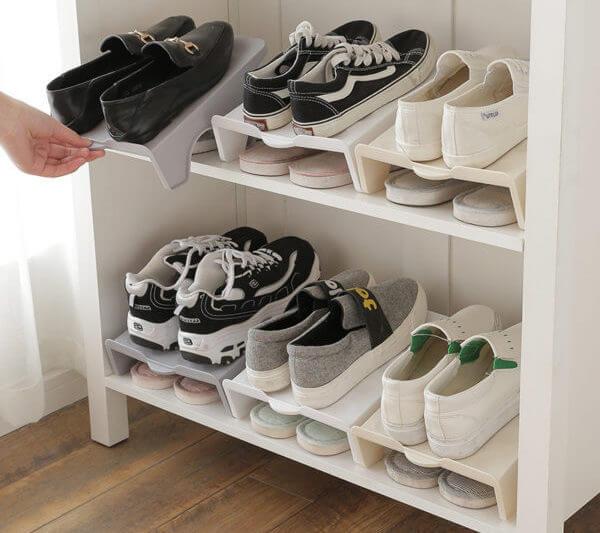 Как хранить обувь в гардеробной