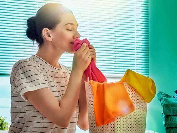 Как убрать запах с одежды