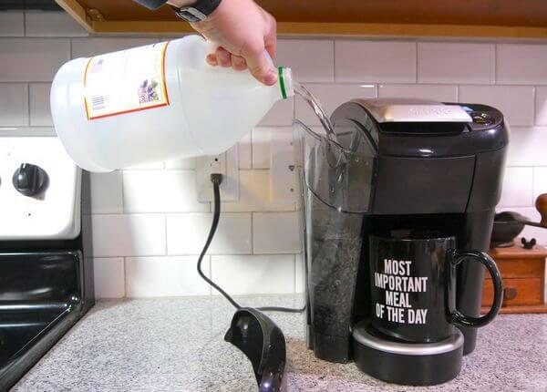 Как почистить накипь