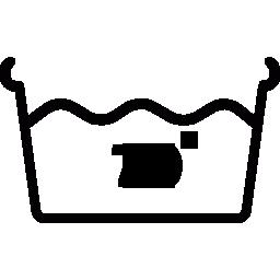 Символ стирки в горячей воде